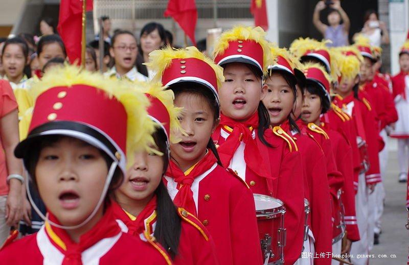岑溪市第二小学六。一散记文艺演出小学-红杭州雅月专题图片