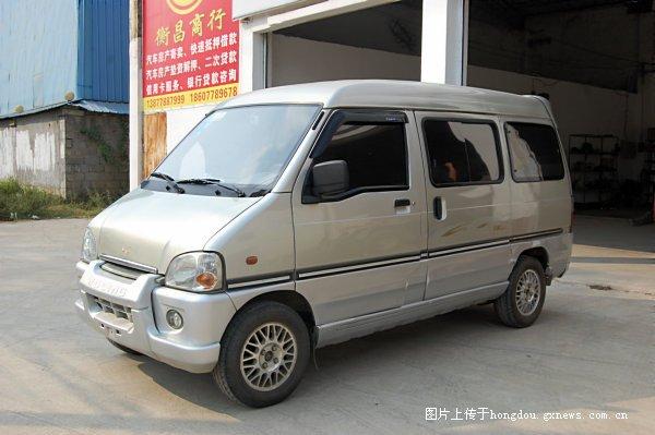 五菱之光 6371车