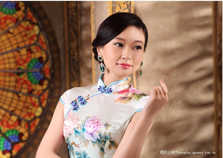 中国式美丽 旗袍女人 红豆