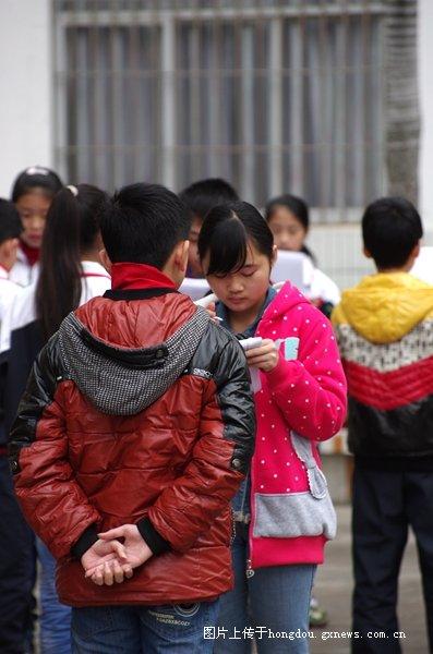 一起排名小学的诗词--岑溪市第二小学时光v小学诗词信阳吟诵图片