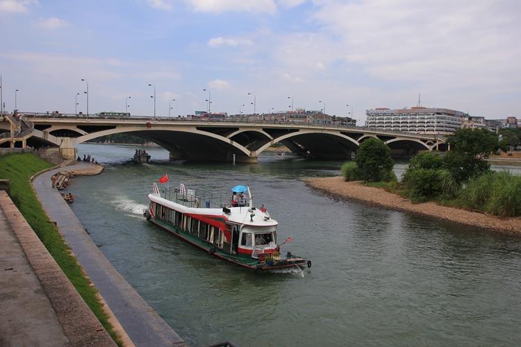 迈向桂林100座桥