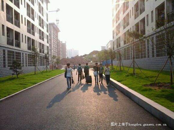 越来越漂亮的港北社区-红豆高中衡阳高中书图片