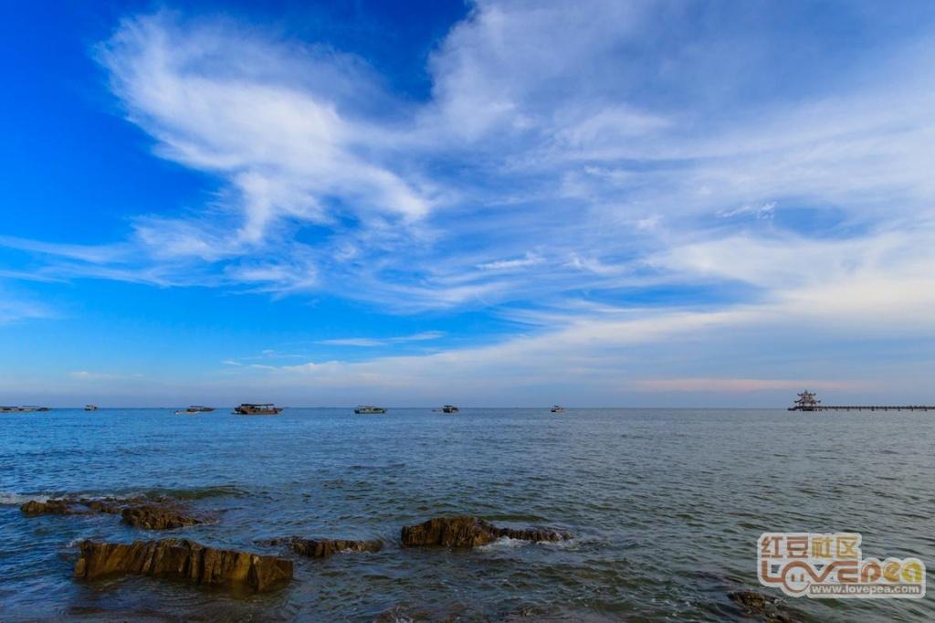 簕山的蓝天白云
