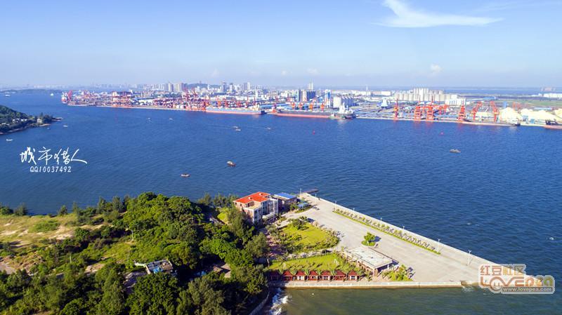 防城港这个地方海水超级蓝