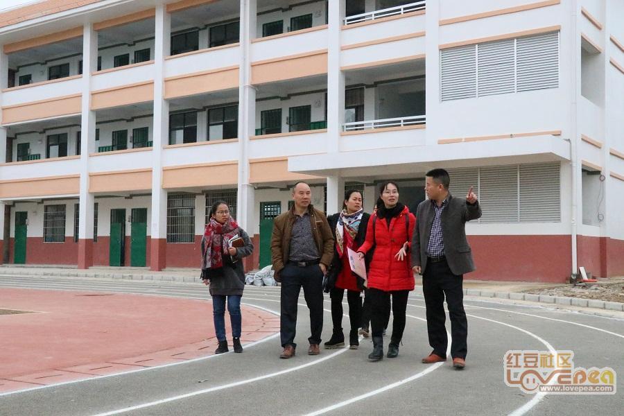 来宾高安合作共赢-飞龙飞龙小学与高安中心8千小学生图片