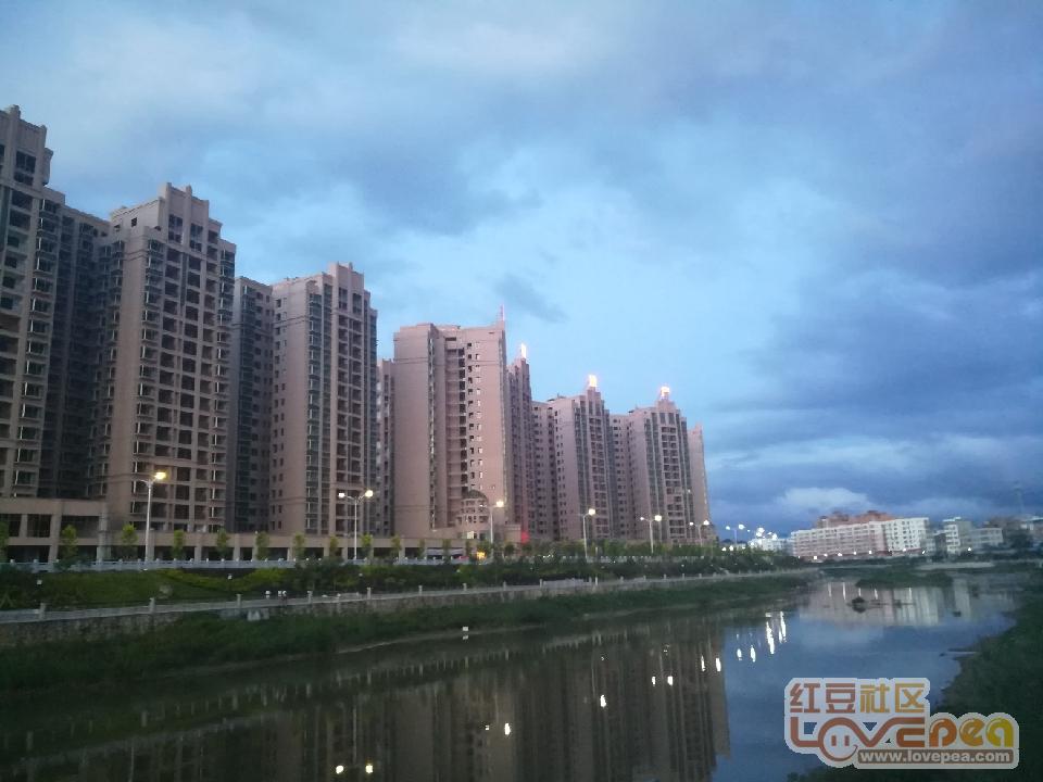 钦江畔的盛天名城