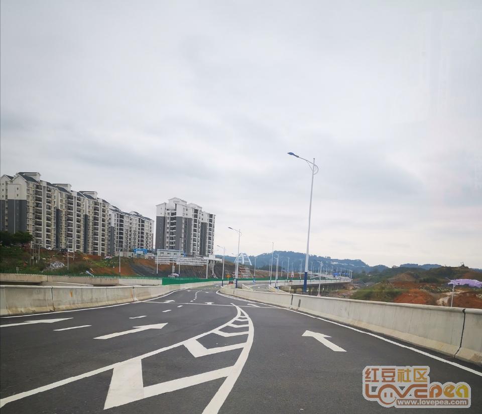 柳州史上最长隧道―莲花山隧道