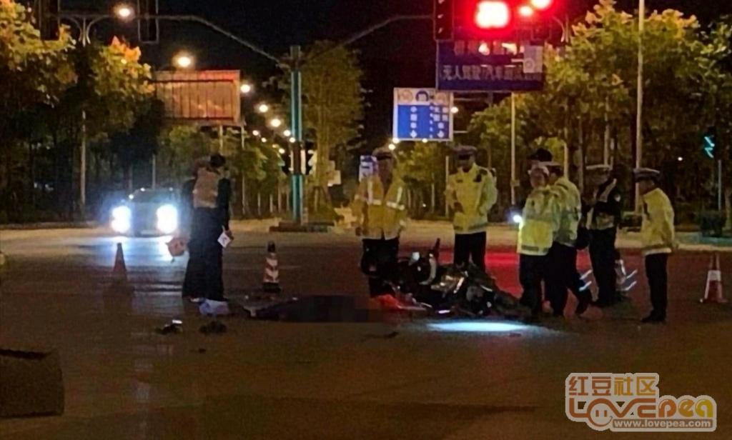 柳州柳东车祸,车手不幸遭碾压身亡