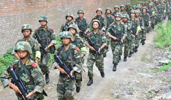 枪案续 民警 特警 武警和成都军区参与围捕周克华,封山寻踪迹图片