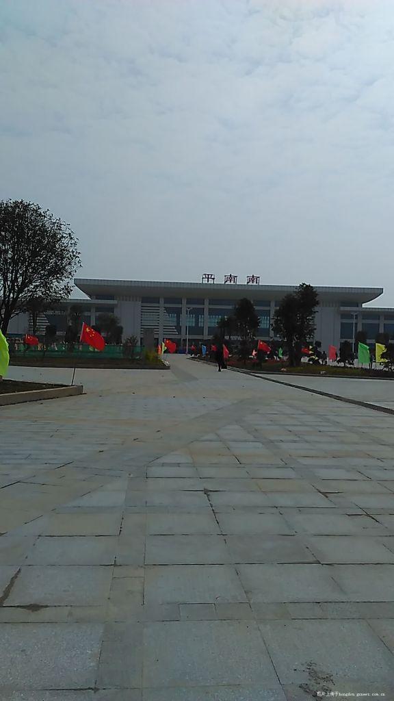 贵港高铁站站前广场建设现场直击图片