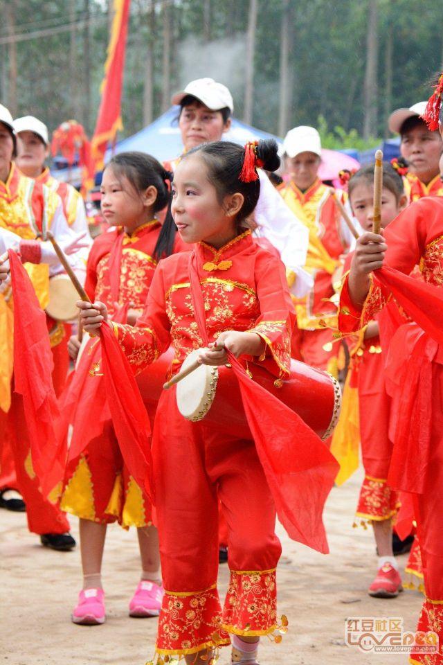 美女,山歌,别有风情的越南邓圩歌圩美女节[关闭00横县山歌后图片