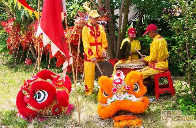 钦州榄尾枣子根群众祭拜神农