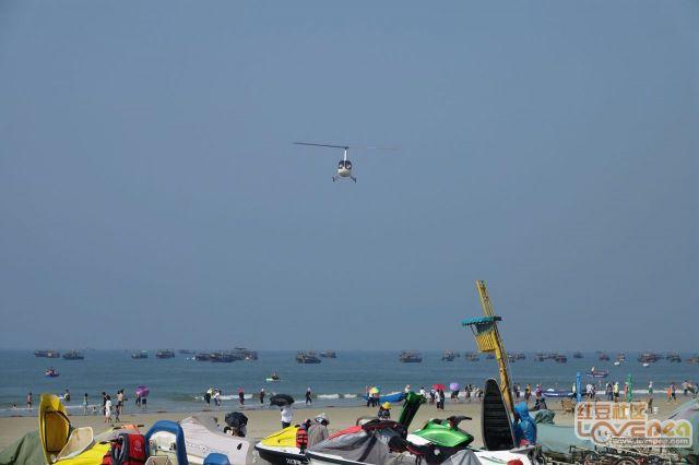 海边的直升机
