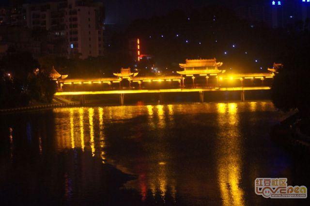 带你看灵山的夜景