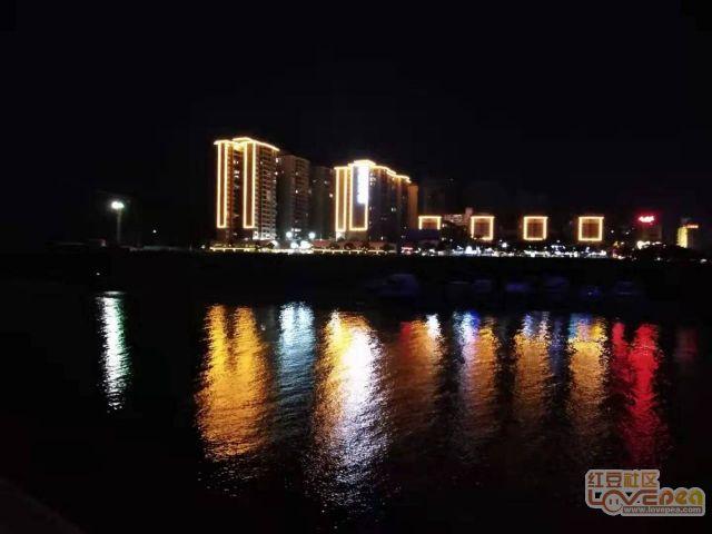 藤县河西防洪堤夜景迷人