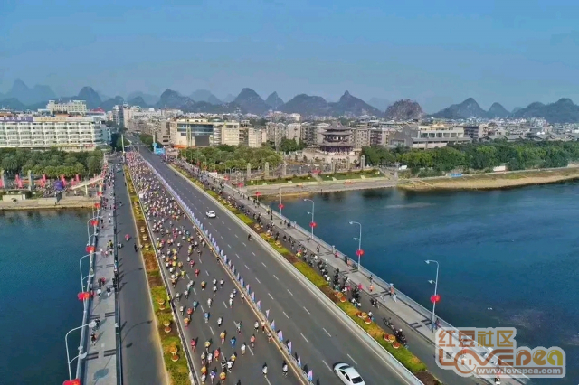 4万人开跑桂林马拉松