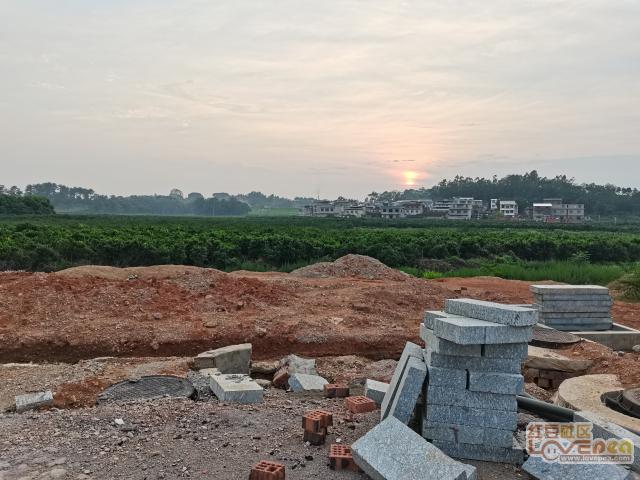 夕阳下的桐木新城